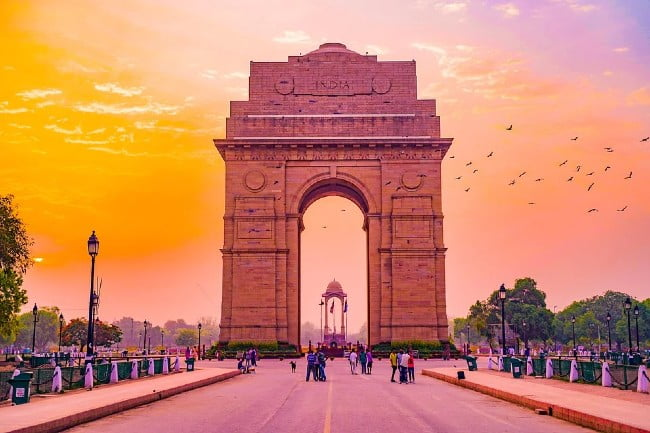 Historical Places India Gate History in Hindi