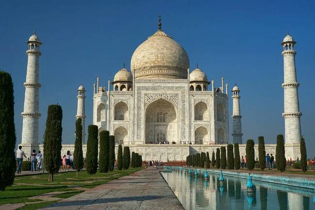 Historical Places Taj Mahal History in Hindi
